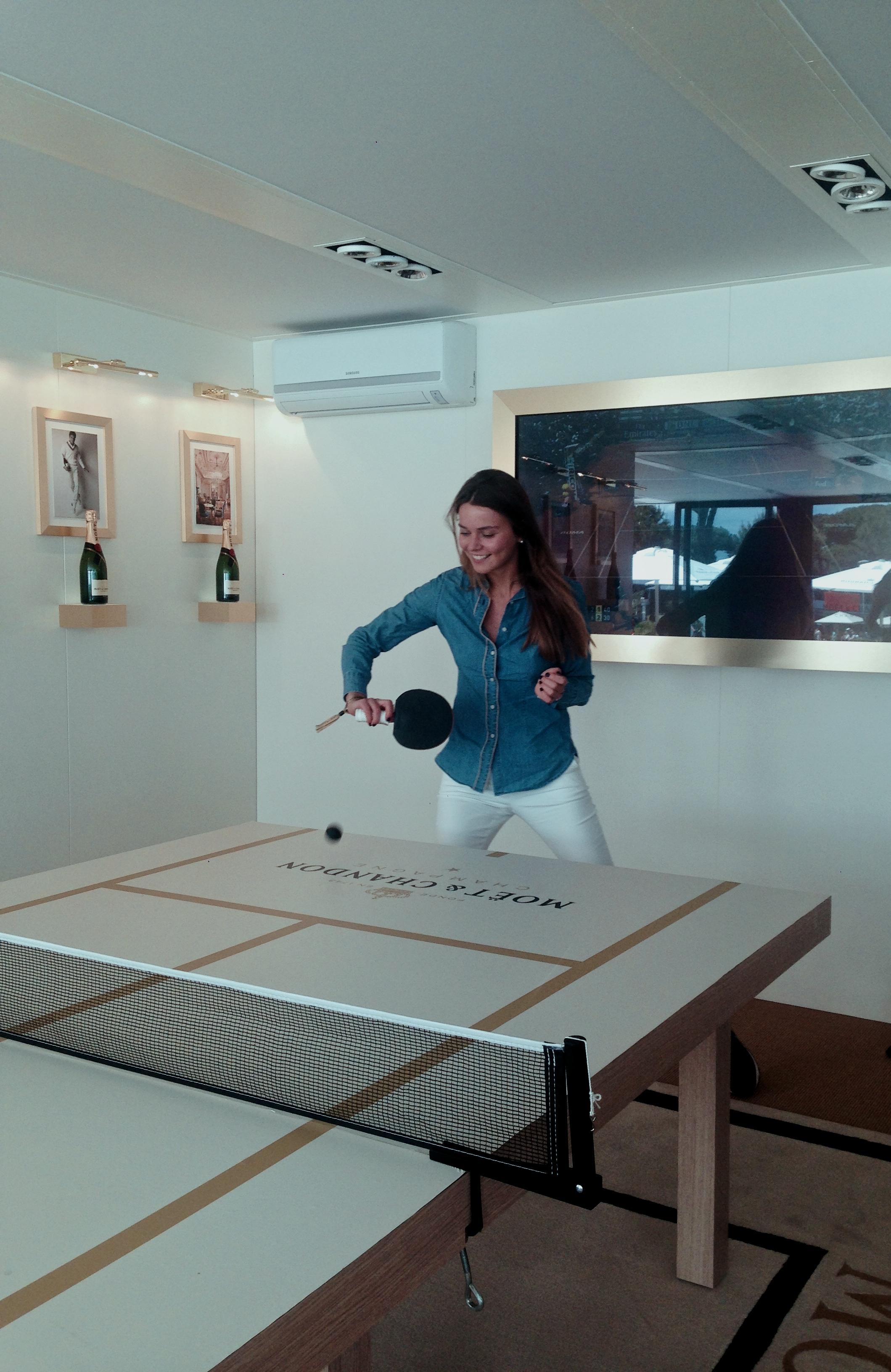 svetlana shashkova playing ping-pong
