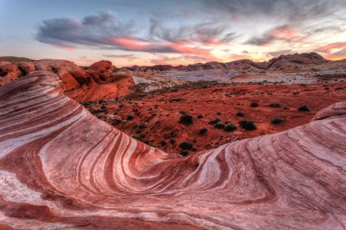 Fire-Wave-Sunset-at-Valley-Of-Fire-State-Park-Nevada