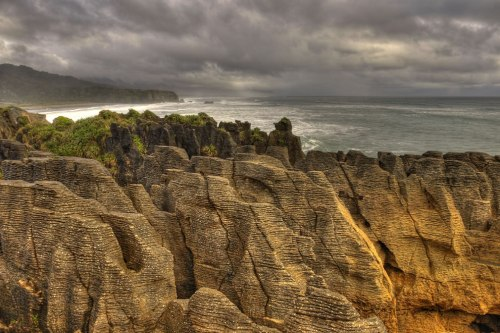 PUNAKAIKI-PANCAKES-ROCKS-NEW-ZEALAND