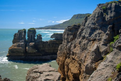 Punakaiki-Rocks-on-the-West-Coast-New-Zealand