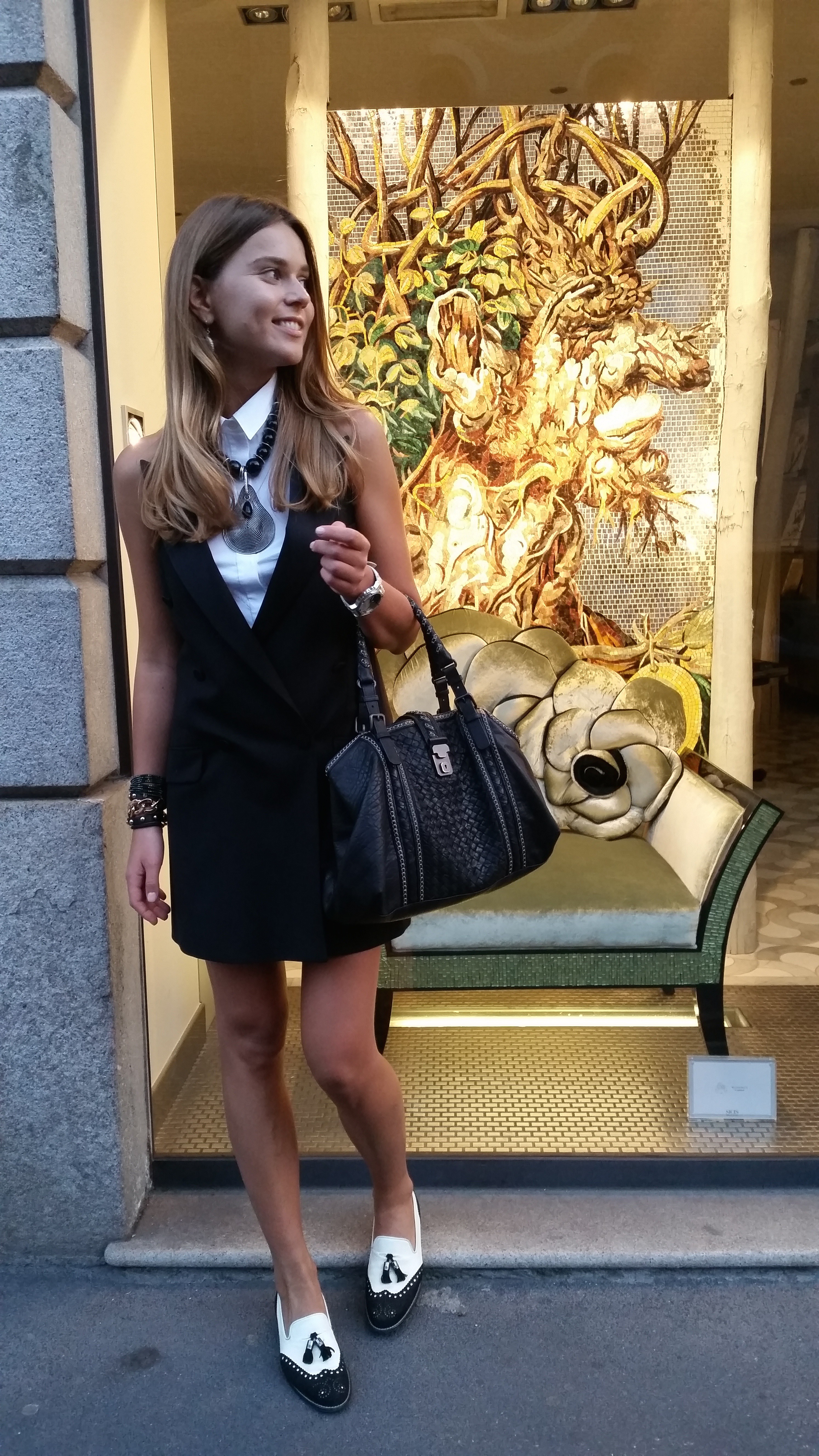 svetlana shashkova street style during milan fashion week