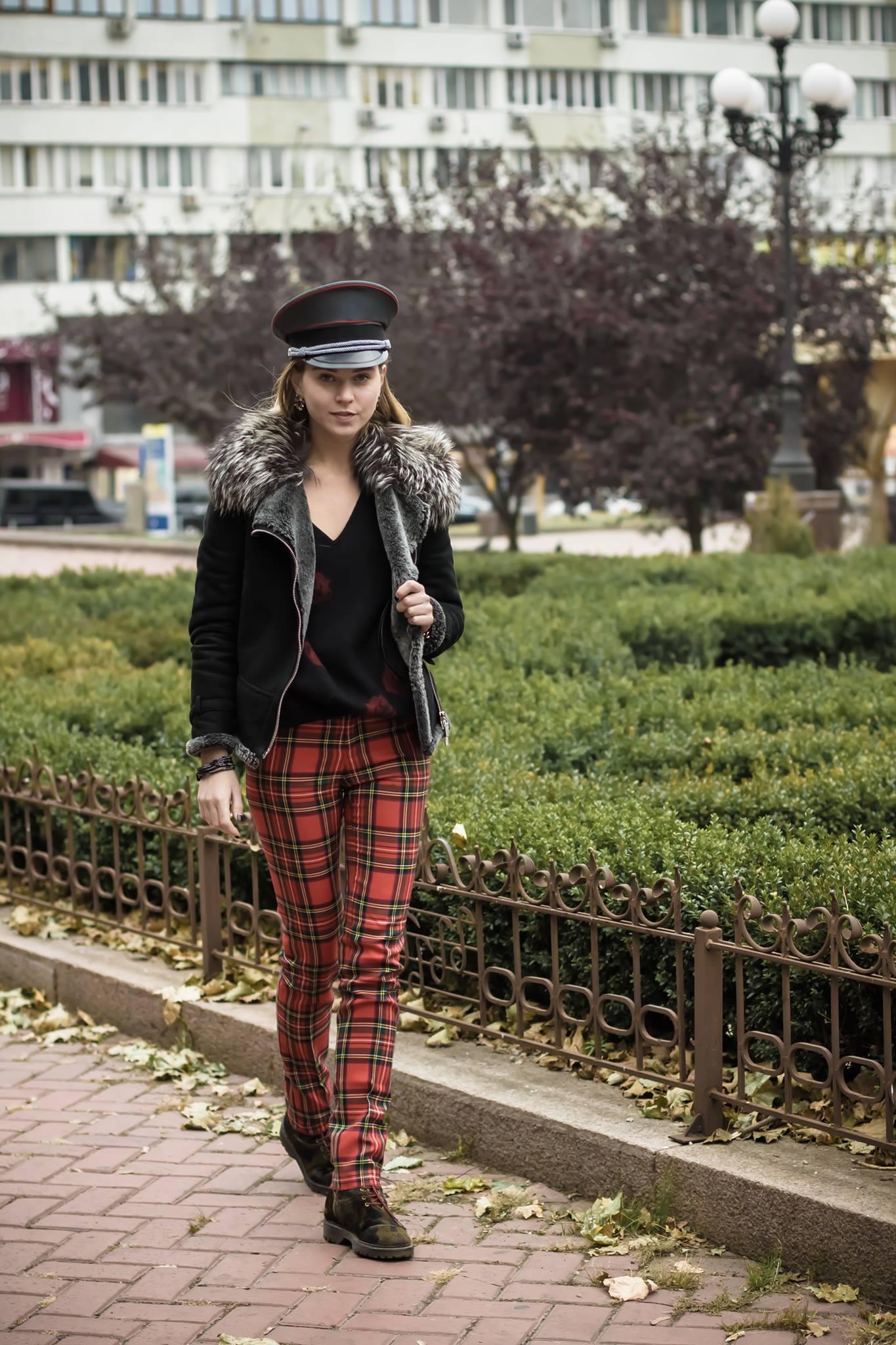 svetlna shashkova walking