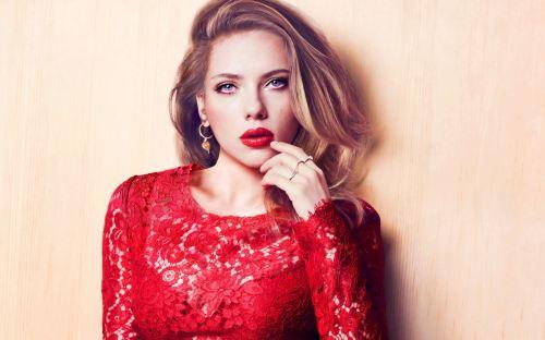 Scarlett-Johansson-red-lipstick