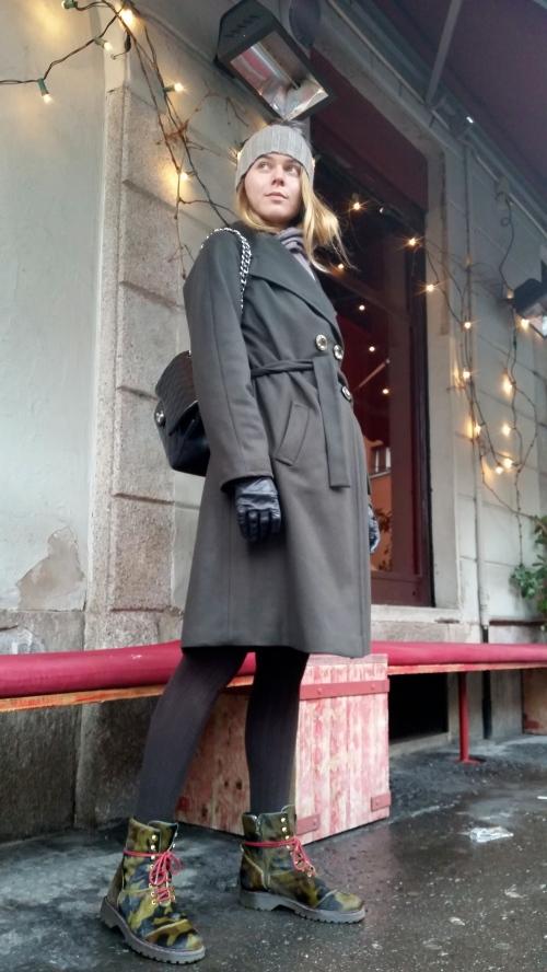 svetlana shashkova in oversized coat fontana 2.0