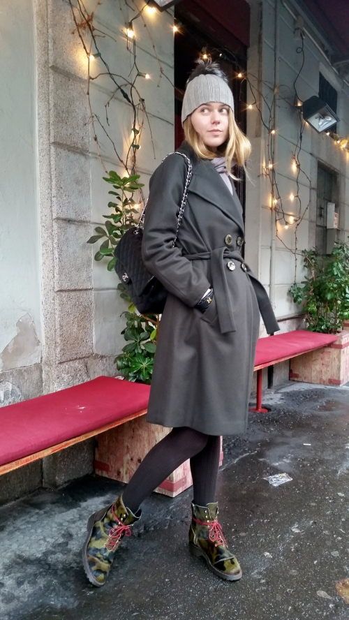 how to style oversized double breast coat