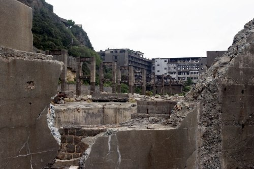 Hashima-Island-Skyfall-James-Bond