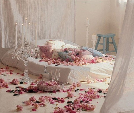 beautiful-bedroom-interior-ideas-for-valentines-day-2-554x466