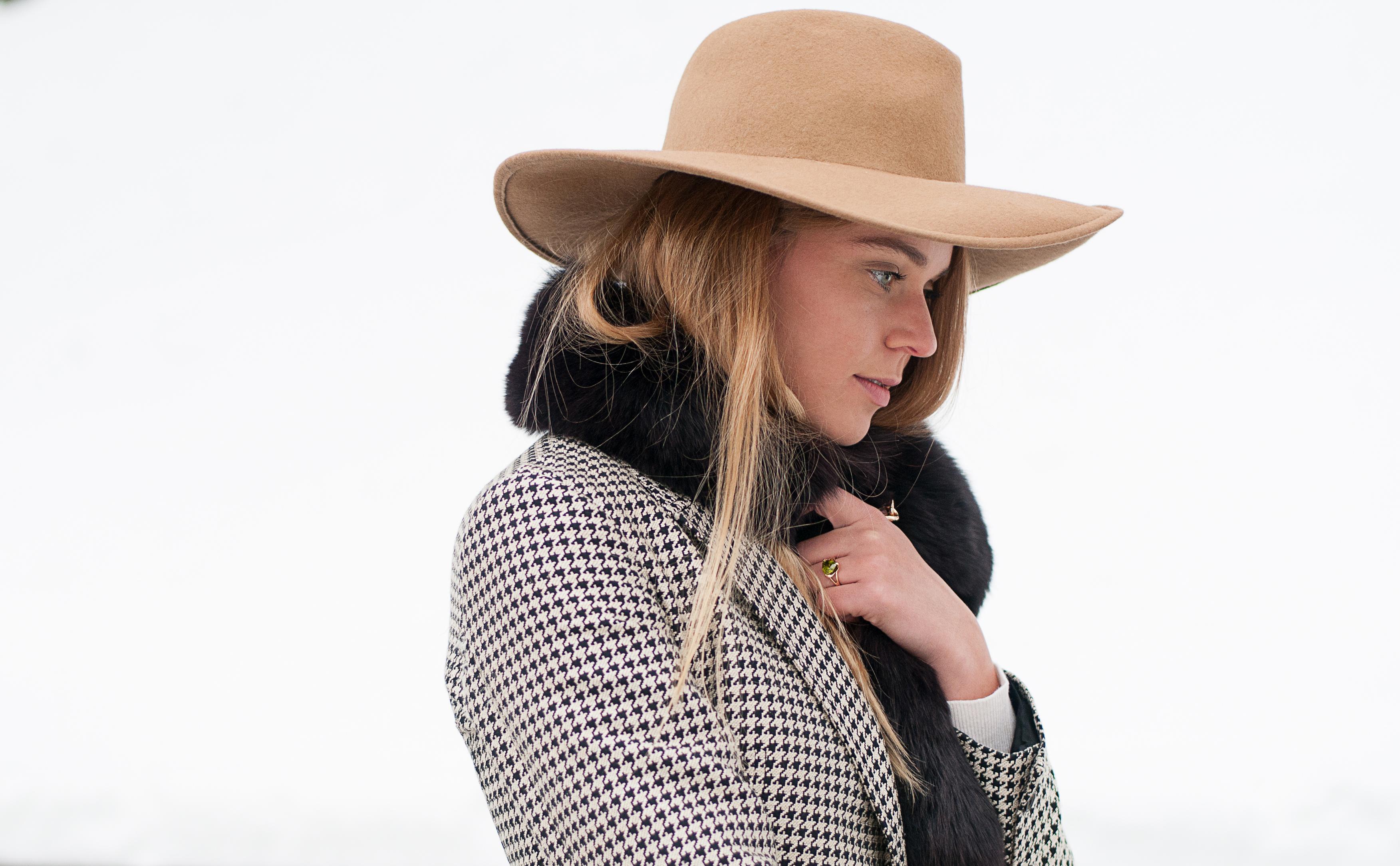 svetlana shashkova in checked coat