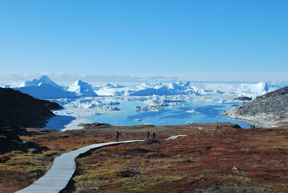Icebergs-Ilulissat-in-Greenland