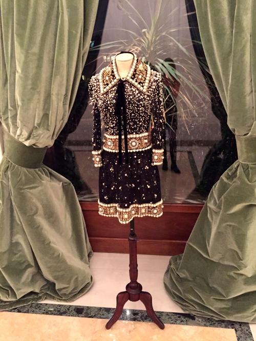 dolce gabbana couture dress