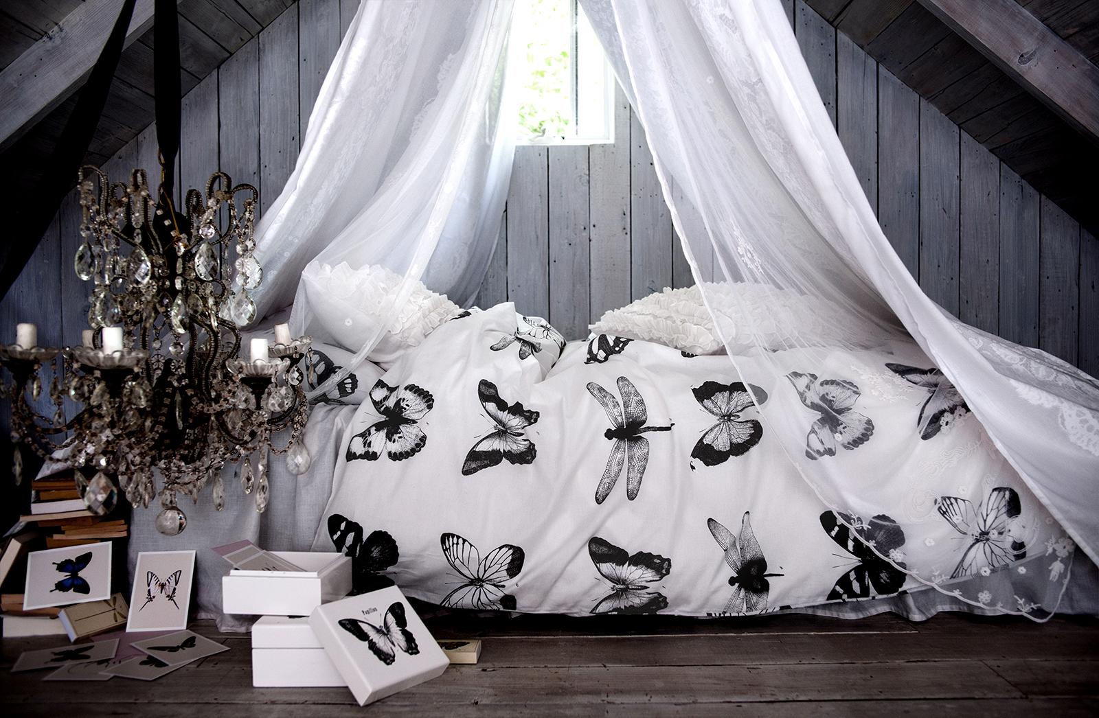 bedroom for valentine day