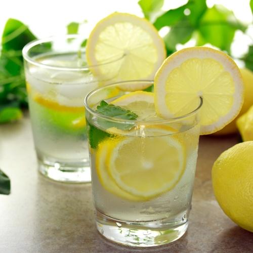 lemon water for hydrating