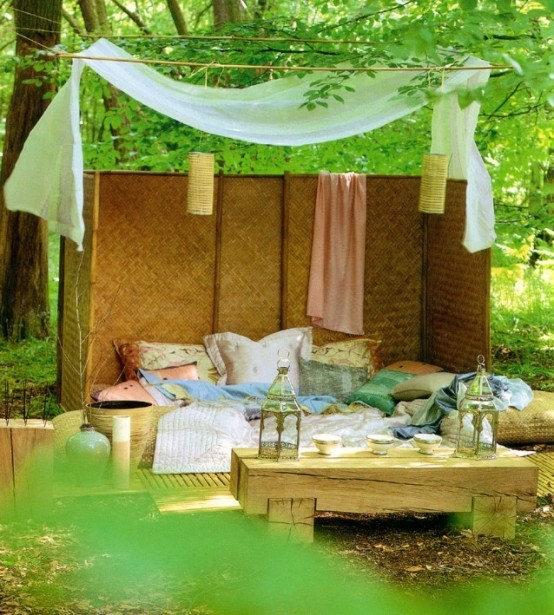 Amazing-Canopy-Outdoor-Bed-Design-With-Traditional-Two-Pendant-Lamps-Also-Colorful-Pillows-Inspiration-And-Natural-Scenery