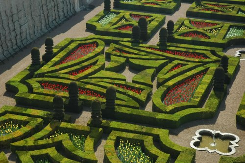 Incredible-gardens-of-the-château-de-Villandry1