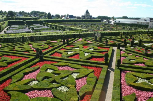 Jardin-Francais-French-gardens-in-Villandry
