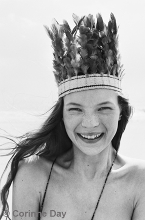 young Kate Moss smile