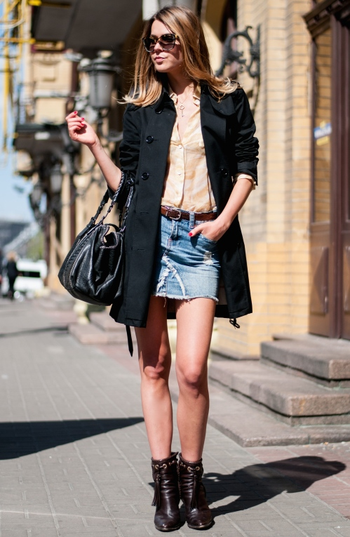 trench and denim perfect mix