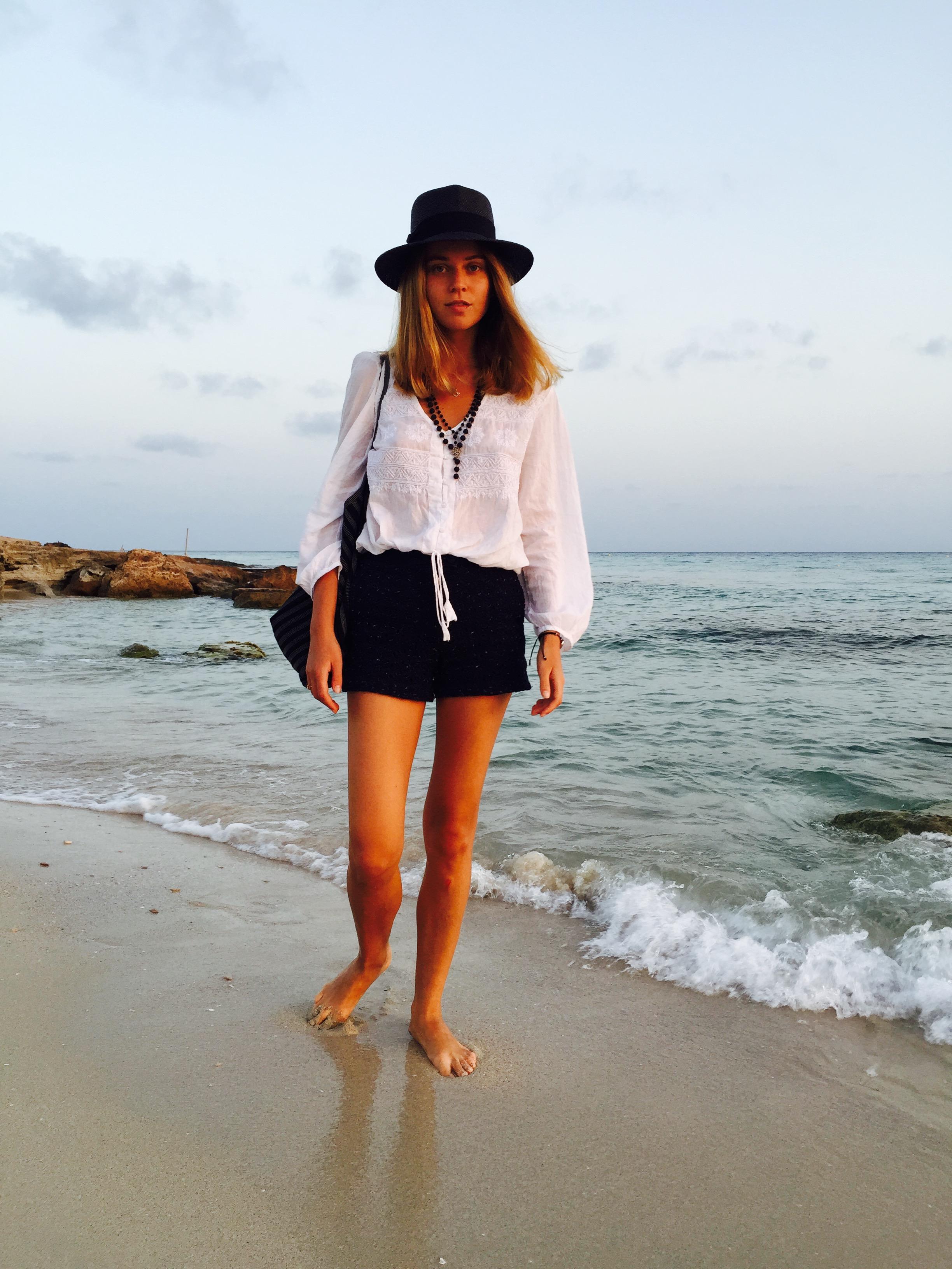 svetlana shashkova barefoot walk