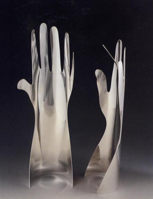 "Sabattini, design Giò Ponti, ""Le mani""."