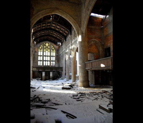 Abandoned-City-Methodist-church-in-Gary-Indiana