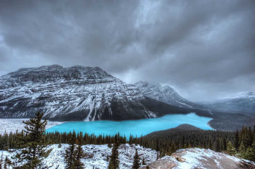 It-looks-like-there-is-no-one-else-in-the-world-in-this-of-Lake-Peyto-Canada