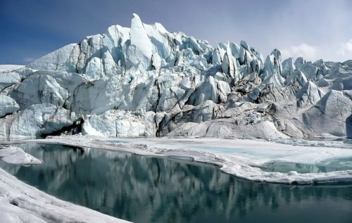 Mouth-of-the-Matanuska-Glacier-in-Alaska
