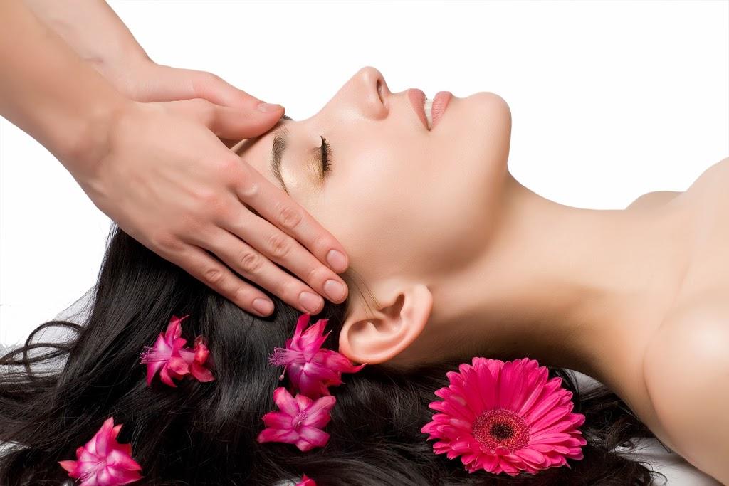 face-massage-beautyandfashionfreaks1