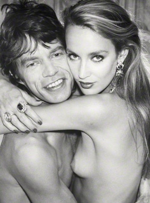 3272355-R3L8T8D-550-Mick-Jagger-e-Jerry-Hall-1981