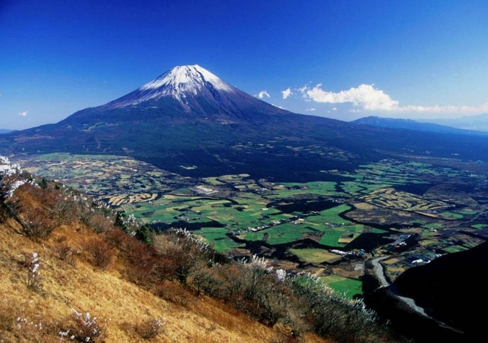 view-of-mt-fuji-from-mount-kenashi