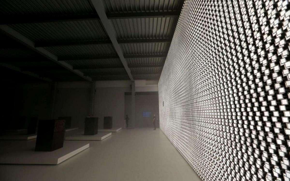 prospettive-artwork-futurista-di-lg-e-tokujin-yoshioka
