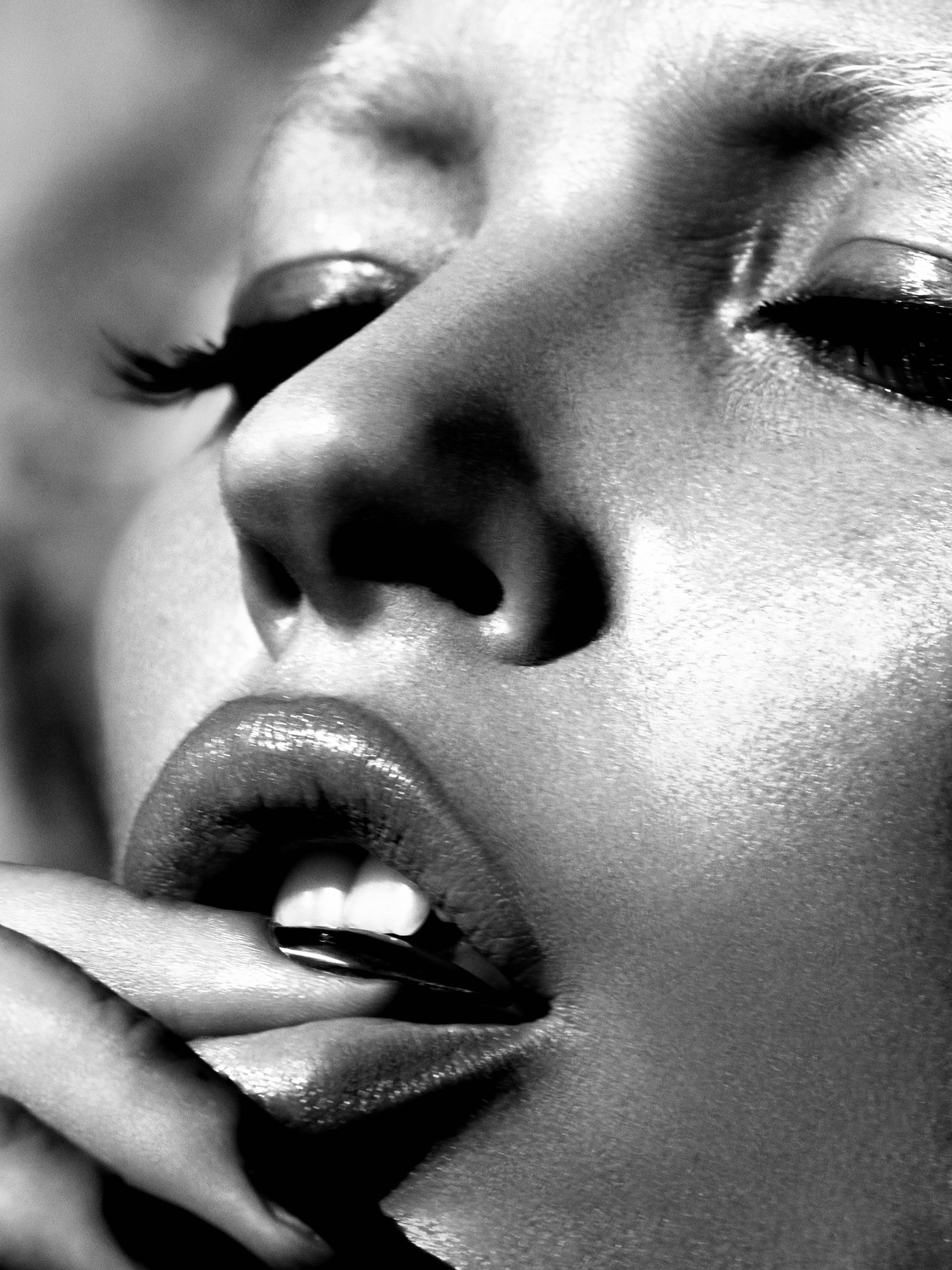 mert-marcus-lips-2005-copy