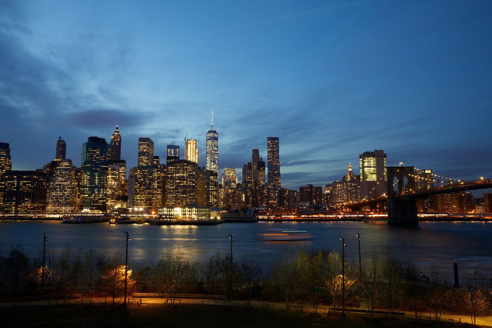 large_1-Hotel-Brooklyn-Bridge-View