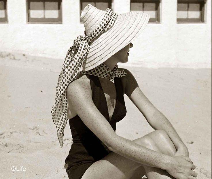 b600f00ccdb3def46f6cd0cd1b315eb1--summer-beach-fashion-fashion-vintage