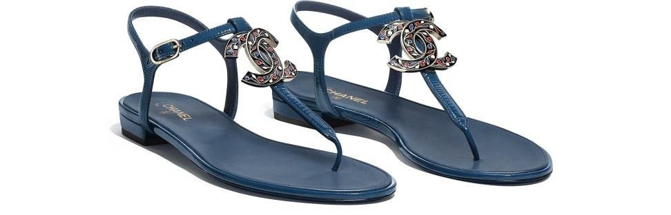 sandals-blue-patent-calfskin-packshot-alternative-g33952x521080h229-8802746269726