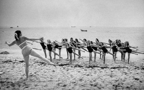 Vintage-Beach-Dance-9-LIFEBW0616