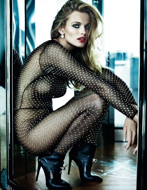 8-hayinstyle-mario-testino-vogue-paris-oct-12