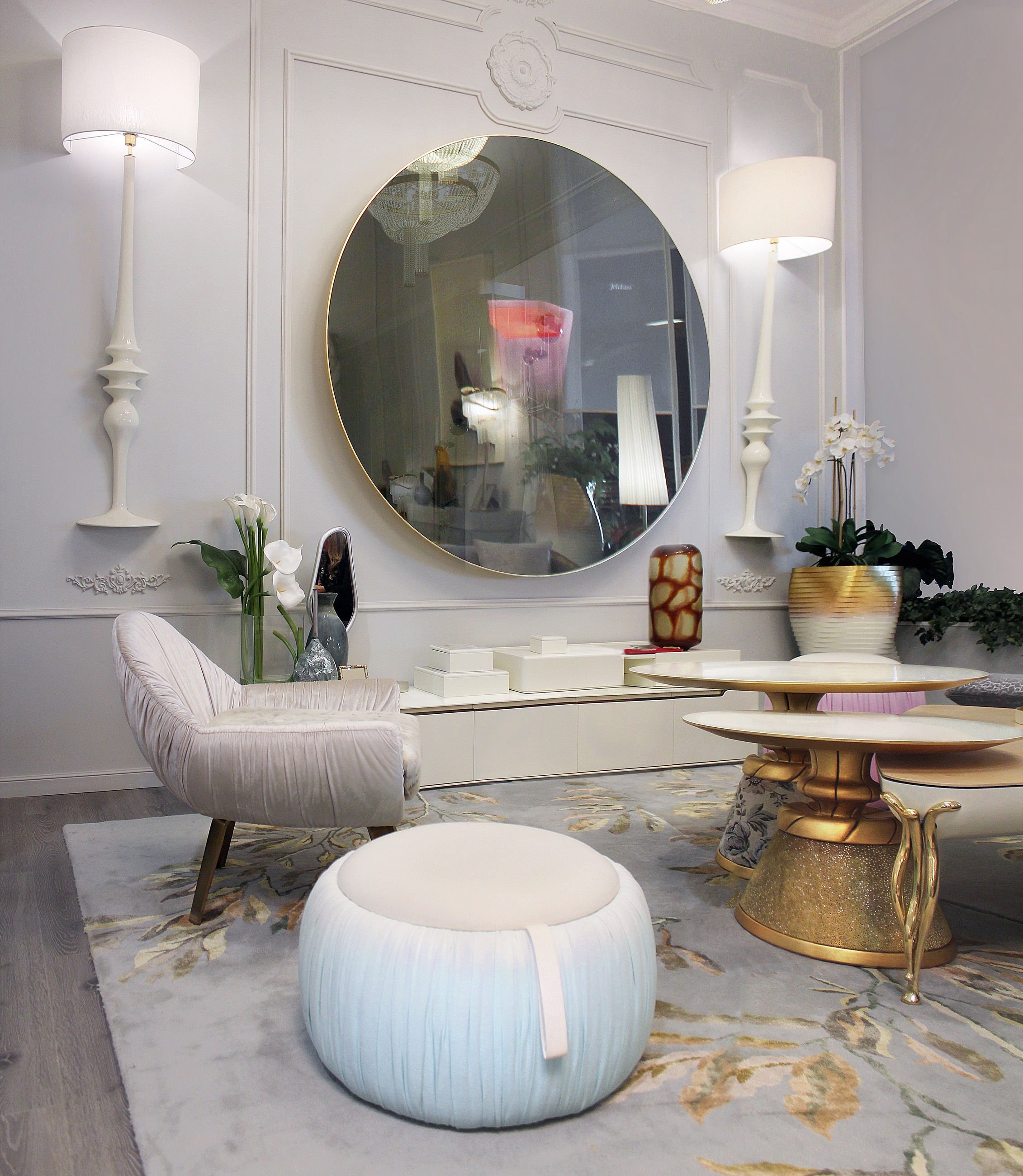 Disco-TV-Living-Room.1507068473.0563